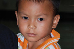 Keon, 4 ans, atteint de la maladie de Hirschsprung